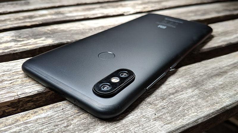 【実機レビュー】Xiaomi Mi A2|2万円台の超絶コスパにAndroid Oneでアプデも安心